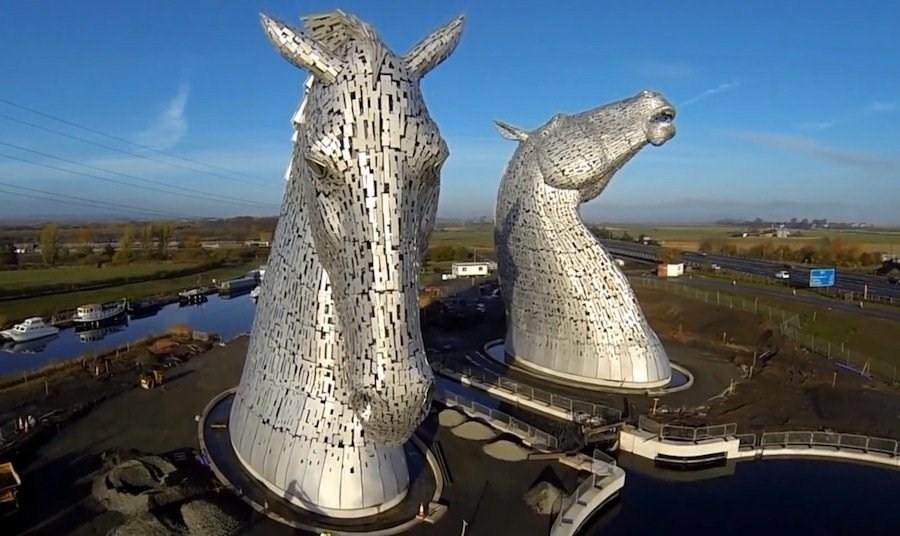 The Kelpies, tra scultura e leggende scozzesi