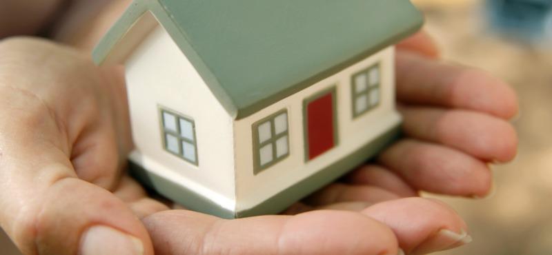 Il mercato immobiliare attende il referendum.