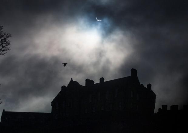 Eclissi di sole 2015: I cieli di Edimburgo